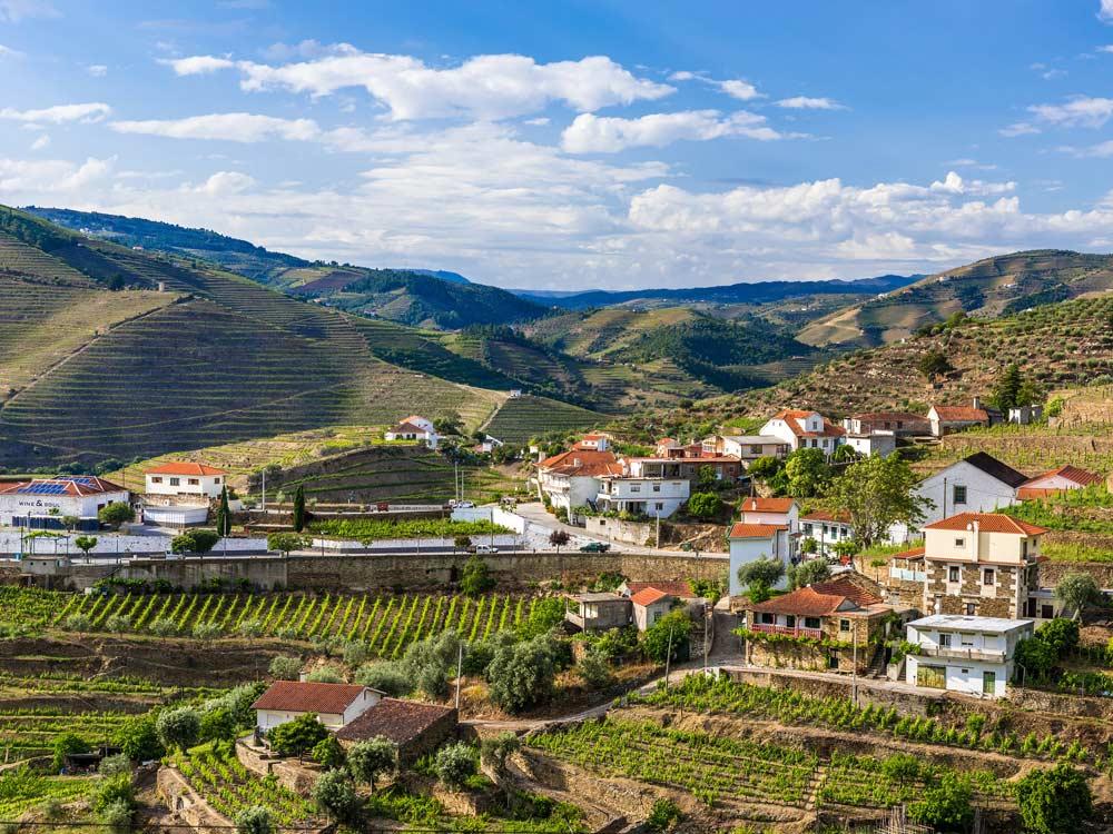 Douro Valley — © Buzz