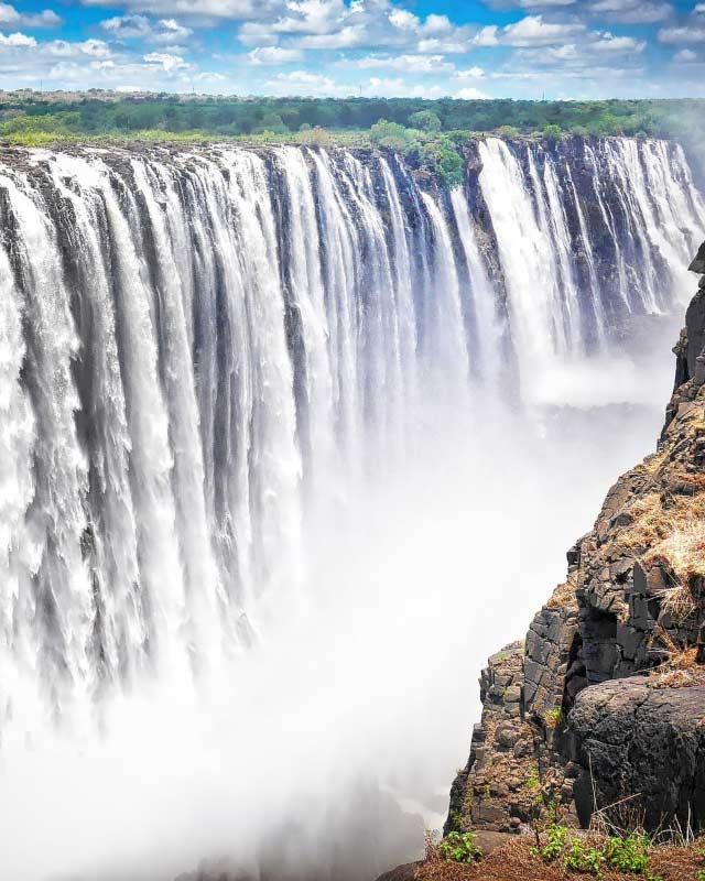 Victoria Falls — © Diamond Travel