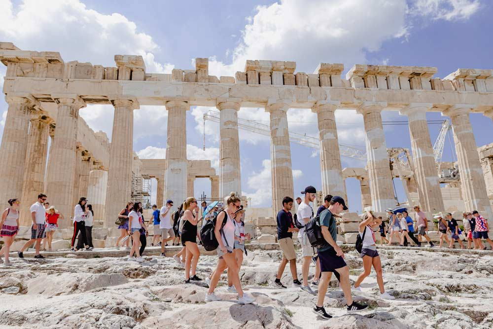 5 reasons why your next winter corporate meeting should be in Greece