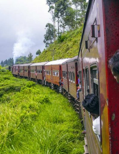 Train Ride — Sri Lanka, Hi Tours